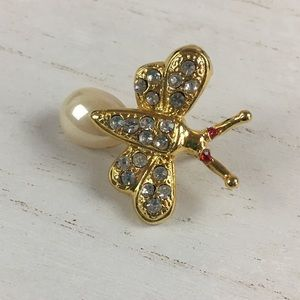 Gold Tone Bee with Rhinestones and Faux Pearl Pin